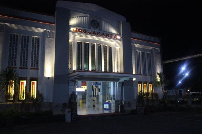 Stasiun Tugu 2014