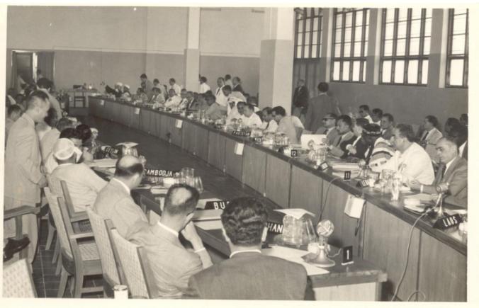 Pertemuan Komite Ekonomi di Gedung Dwi Warna. (dok. Arsip Nasional Republik Indonesia)