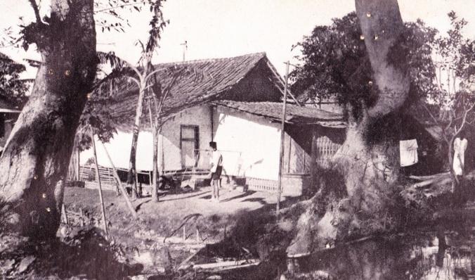Suasana Kampung di Bandung Tempo Doeloe… Merasa waas ?