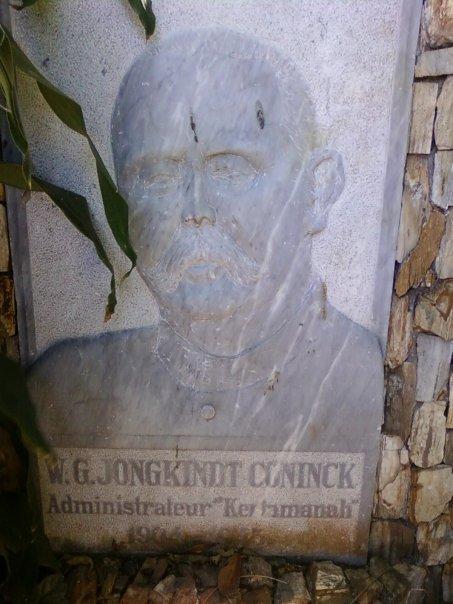 Nisan W.G. Jongkindt Coninck.jpg