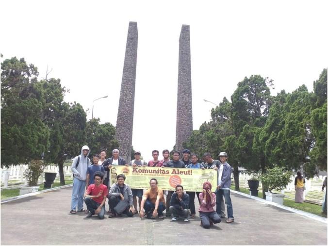 Peserta Ngaleut Taman Makam Pahlawan | Foto: Upi/ Komunitas Aleut