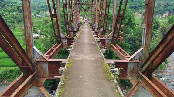 Jembatan Sadu (@mooibandoeng)