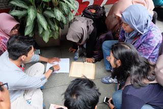 Aku, Bung Karno, dan Bandung 10