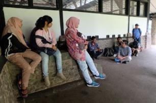 Aku, Bung Karno, dan Bandung 14