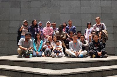 Aku, Bung Karno, dan Bandung 8